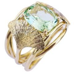 Coralie Van Caloen 18k Yellow Gold Green Garnet And Engraved Gingko Band Ring