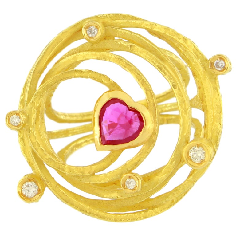 Sacchi Large Heart Ruby and Diamonds Gemstone 18 Kt Yellow Gold Cocktail Ring