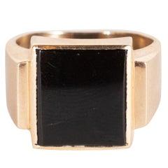 Retro Vintage Men's Black Onyx Ring in 14 Karat Yellow Gold