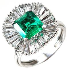 1960s Colombian Emerald Diamond Gold Ballerina Ring
