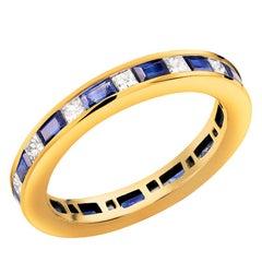 18 Karat Yellow Gold Princess Diamond Baguette Sapphire Eternity Ring
