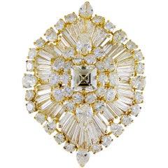 Van Cleef & Arpels Diamond Brooch, Center 3.55 Carat