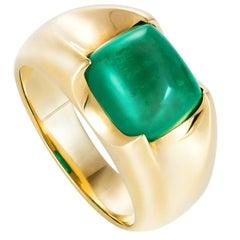 Liv Luttrell Spear Tip Claw Sugar Loaf Emerald Ring