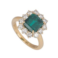 Colombian Emerald and Diamond Ring 2.50 Carat