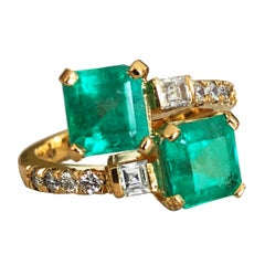 4.10 Carat Bypass Ring with Natural Colombian Emerald and Diamond 18K