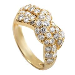Van Cleef & Arpels Diamond Gold Bow Ring