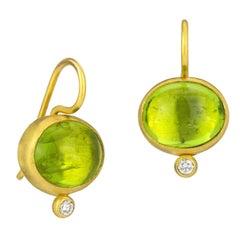 Stephanie Albertson 9.0 Carat 22 Karat Gold and Peridot Diamond Dot Earrings