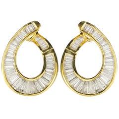 Stunning 18 Karat Baguette Diamond Earrings