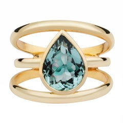 Mint Tourmaline cocktail ring set in 18kt yellow gold