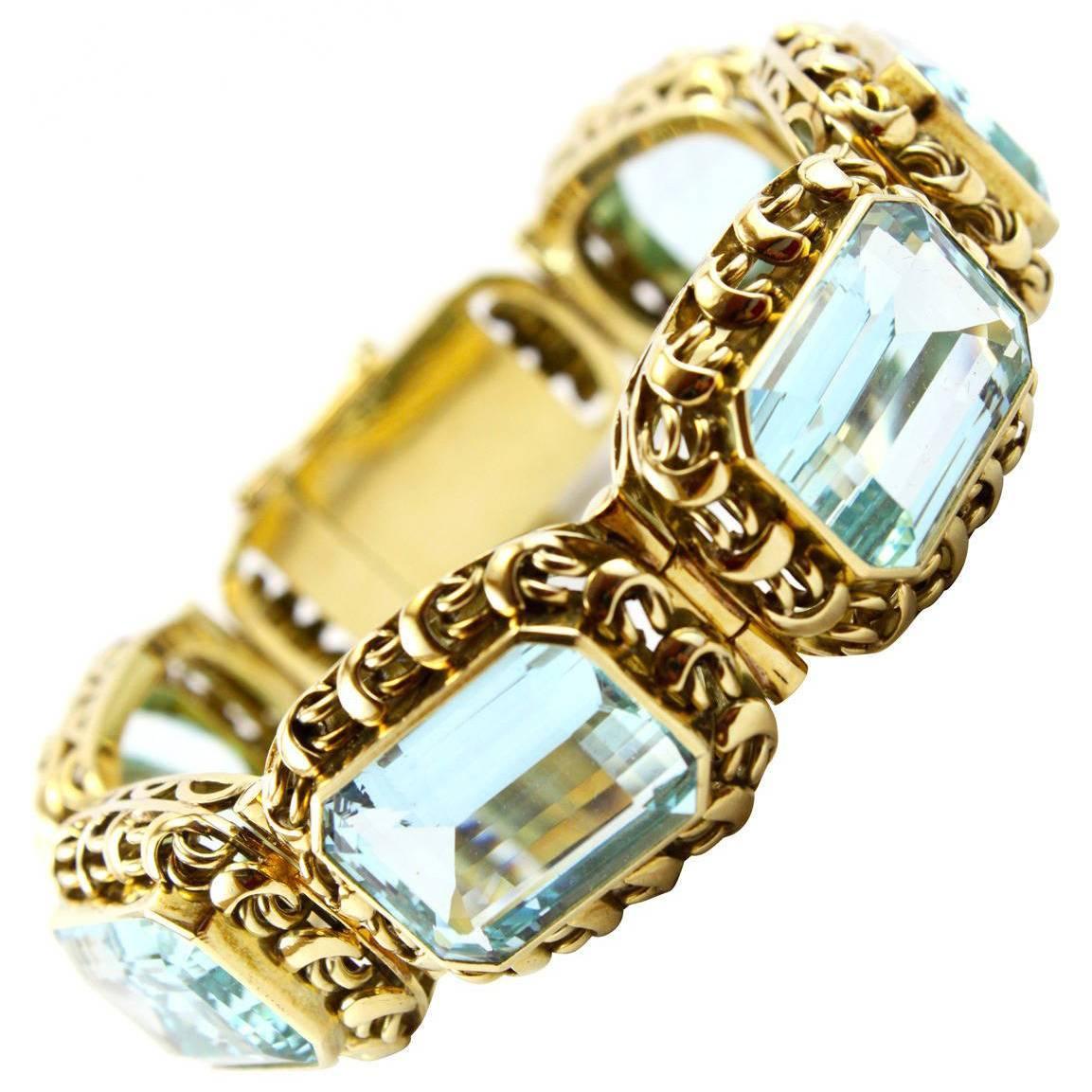 1960s Retro Aquamarine 14K Gold Bracelet