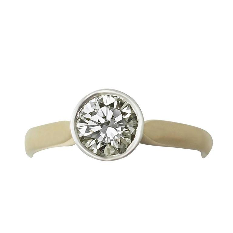 1.28 Ct Diamond and 18 Ct Yellow Gold, 18k White Gold Set Solitaire Ring