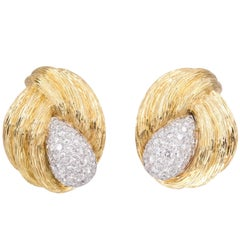 Van Cleef & Arpels Diamond Gold Earclips