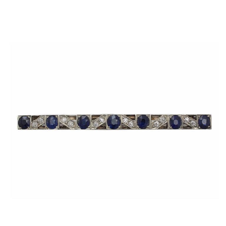 2.86Ct Sapphire & 0.42Ct Diamond, 9k White Gold Brooch - Antique Circa 1900