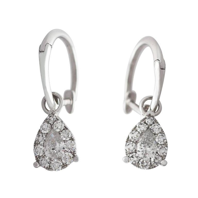 0.70 Carat Diamond and White Gold Drop Earrings