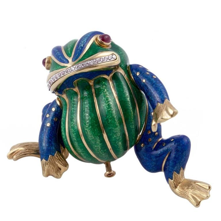 David Webb Enamel Ruby Diamond Gold Platinum Frog Brooch For Sale