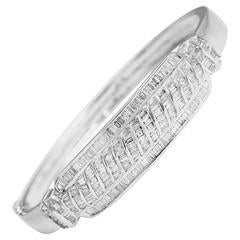 Beautiful 4 Carats Baguette Diamonds Gold Bangle Bracelet
