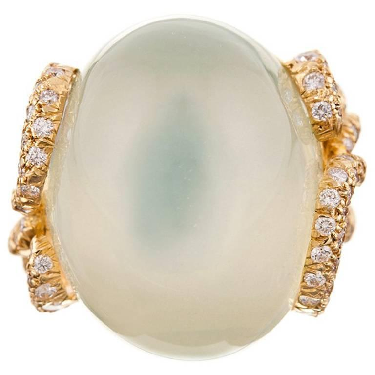 Henry Dunay Alluring 37.95 Carat Green Moonstone Diamond Gold Ring For Sale