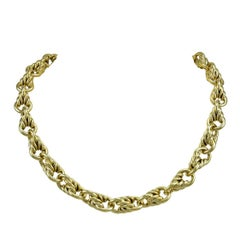 Tiffany & Co. Outstanding Gold Link Necklace