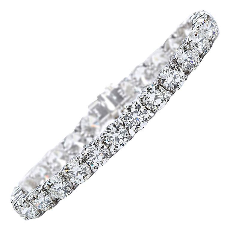 27.00 Carat Round Brilliant Cut Diamond Platinum Tennis Bracelet GIA Certified