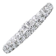 27.00 Carat Round Brilliant Cut Diamond Platinum Tennis Bracelet GIA Certified