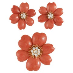 Van Cleef & Arpels Coral Diamond Gold Rose de Noel Brooch Suite