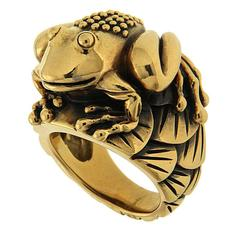 Small Frog Ring with Water lily pads