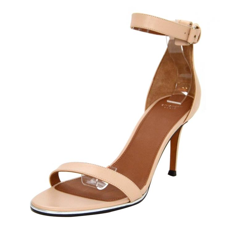 Givenchy Nude Leather Sandals sz 38.5 For Sale