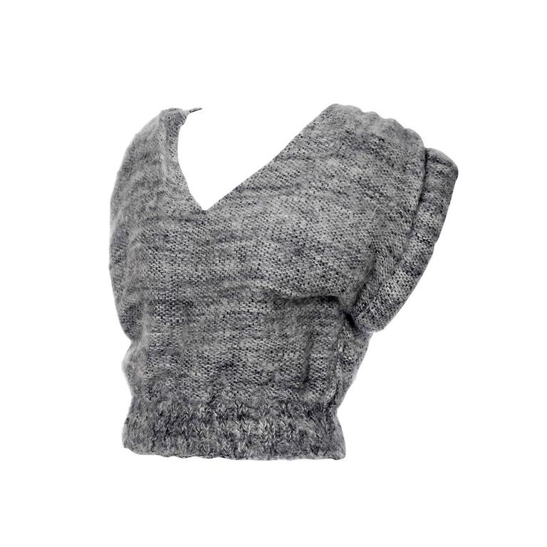 Nikos Handwoven Gray Wool Vintage Cropped Sweater With Rolled Arms & V Neck Vest