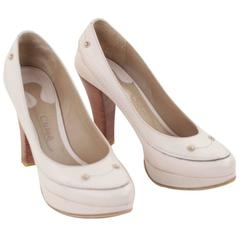 CHLOE Beige Bone Leather CLASSIC PUMPS Heel SHOES w/ WOOD Heels Sz 38 1/2