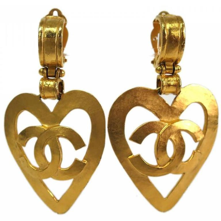 Chanel Gold Heart Dangle Earrings 1