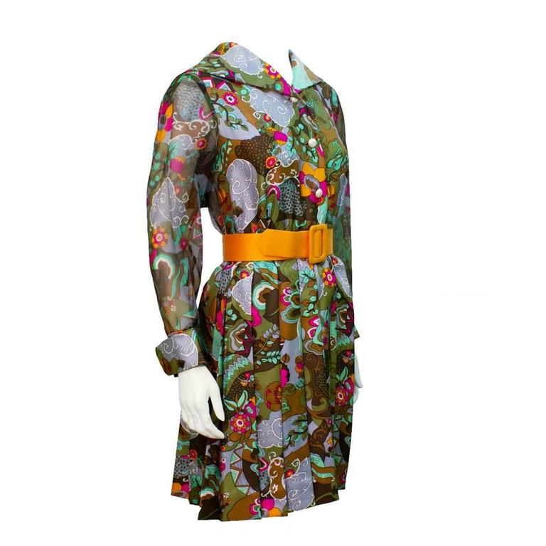 1970's Dynasty Silk Printed Day Dress  with Belt   1
