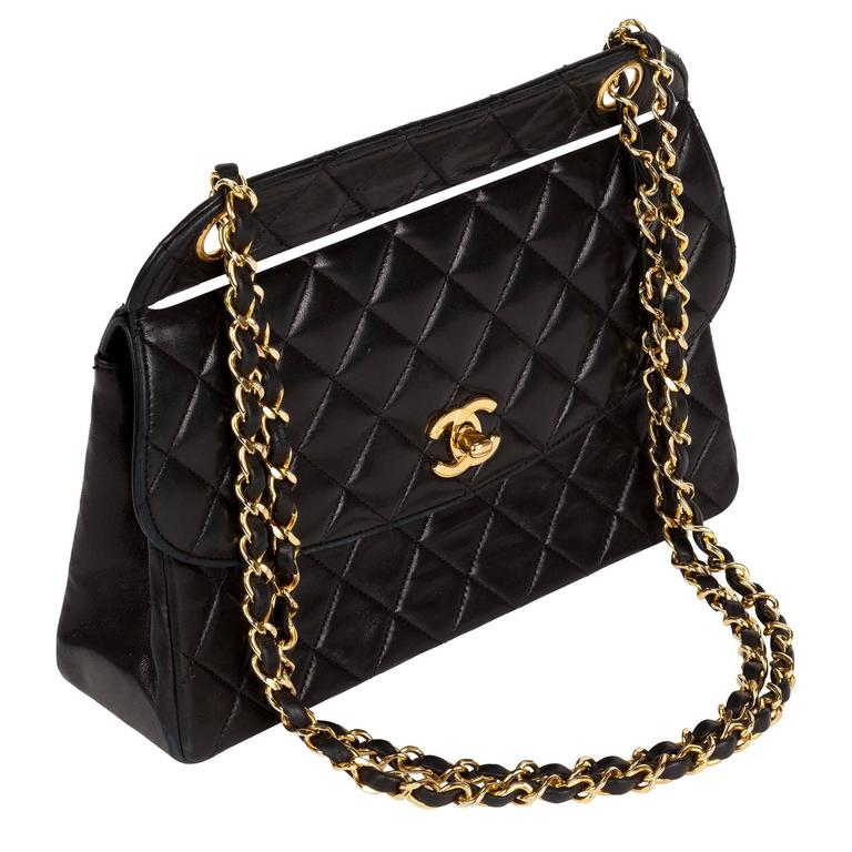 1991 Chanel Quilted Black Leather Shoulder Bag w/Double Chain & Gold Hardware 1