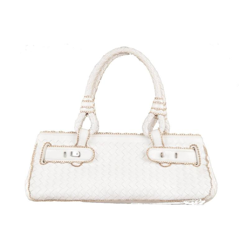 BOTTEGA VENETA White INTRECCIATO Woven Leather HANDBAG w/ SCALLOPED Trim