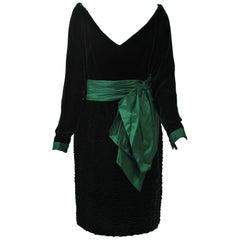 Oscar de la Renta Green Velvet Dress