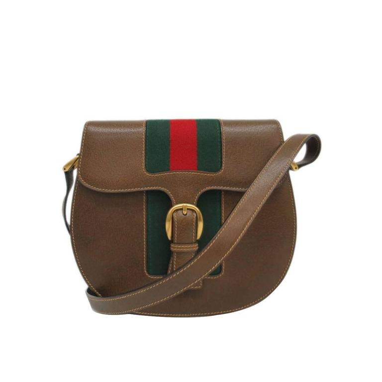 6b82e6294f9b Gucci Vintage Leather Brown Crossbody Shoulder Bag at 1stdibs
