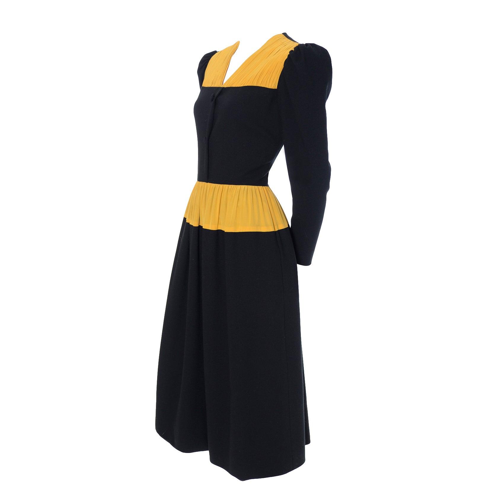 Vintage Carolina Herrera Pleated Wool Crepe Dress Pleated Black & Yellow Silk