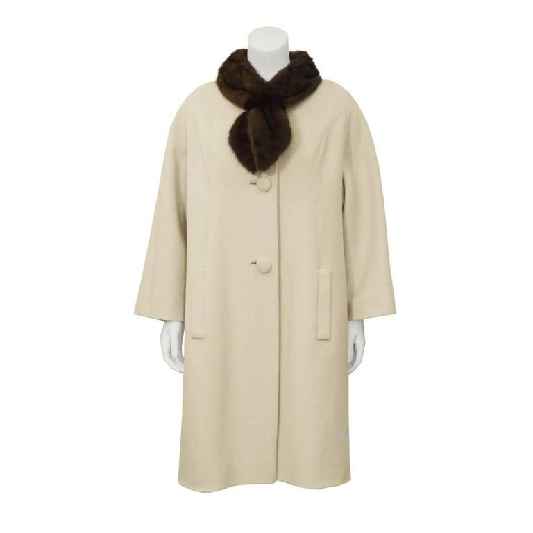 1950's Lilli Ann Beige Coat with Fur Collar  For Sale