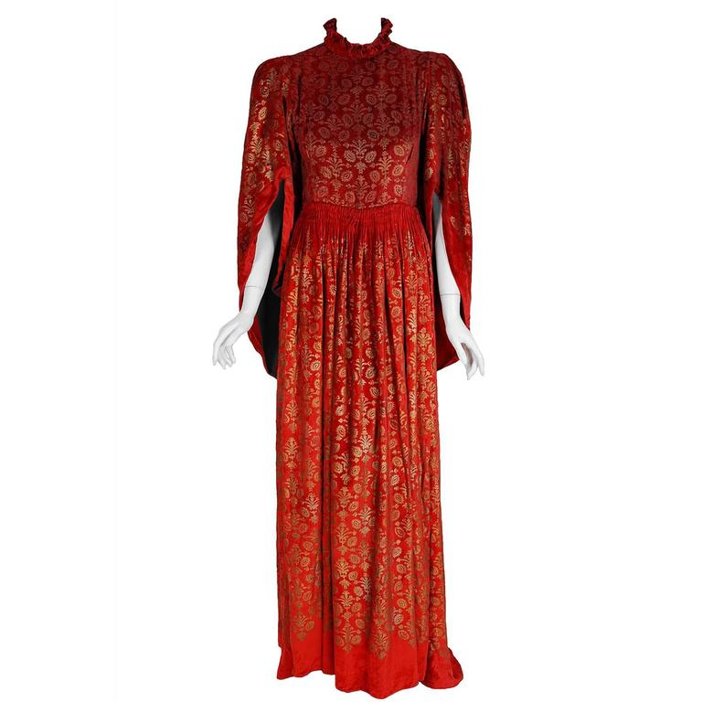 Gallenga Couture Metallic Stenciled Red Velvet Angel-Sleeve Trained Gown, 1920s