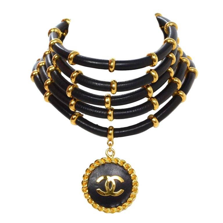 Chanel Rare Collectors Vintage '89 Gold & Leather Choker Necklace For Sale