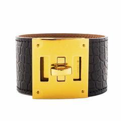 Hermes Matte Black Crocodile Alligator Kelly Dog Gold GHW Leather Cuff Bracelet