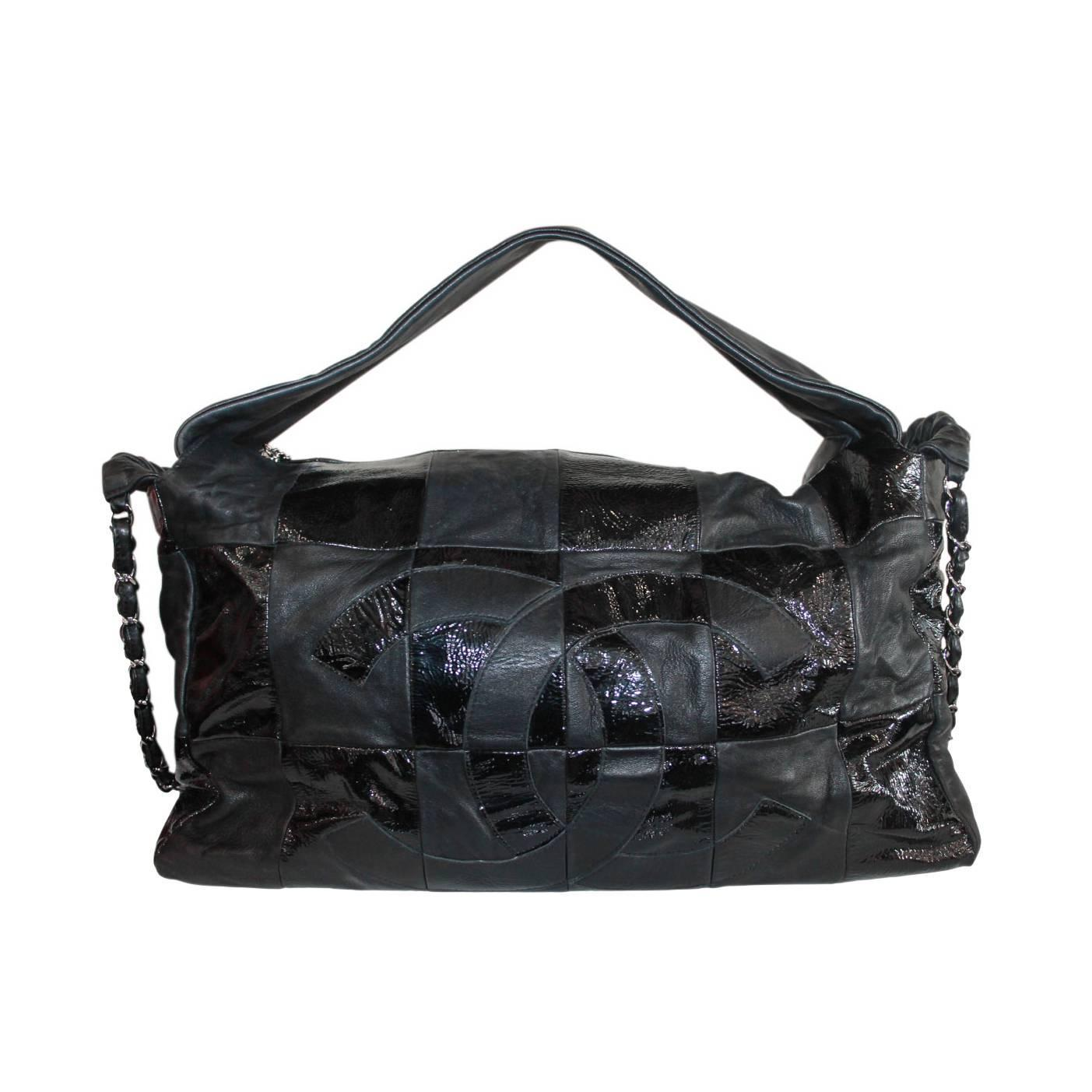 015c19b200bf Chanel Black Lambskin Quilted Shiny Leather No. 11 Hobo Bag with SHW Chain  For Sale at 1stdibs
