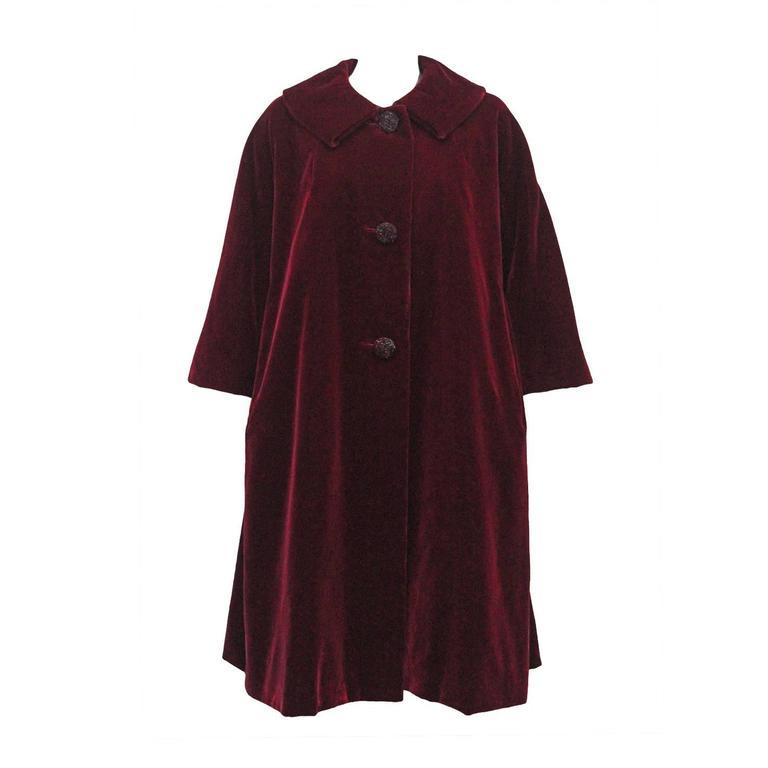 Christian Dior Haute Couture silk velvet opera coat, Autumn/Winter 1956 For Sale