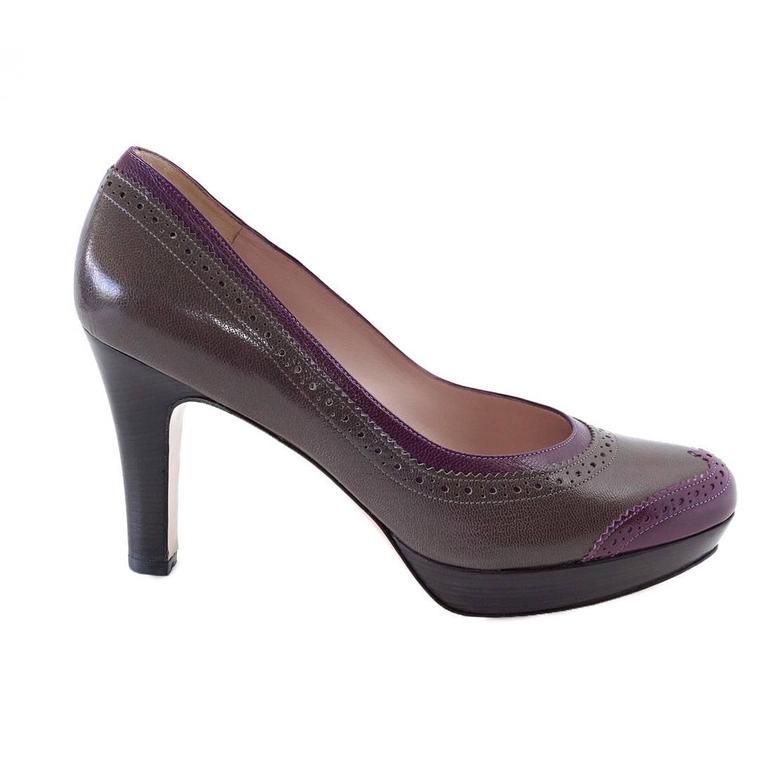 SALVATORE FERRAGAMO Shoe Gray Magenta Wingtip Detail 37.5 / 7.5  new