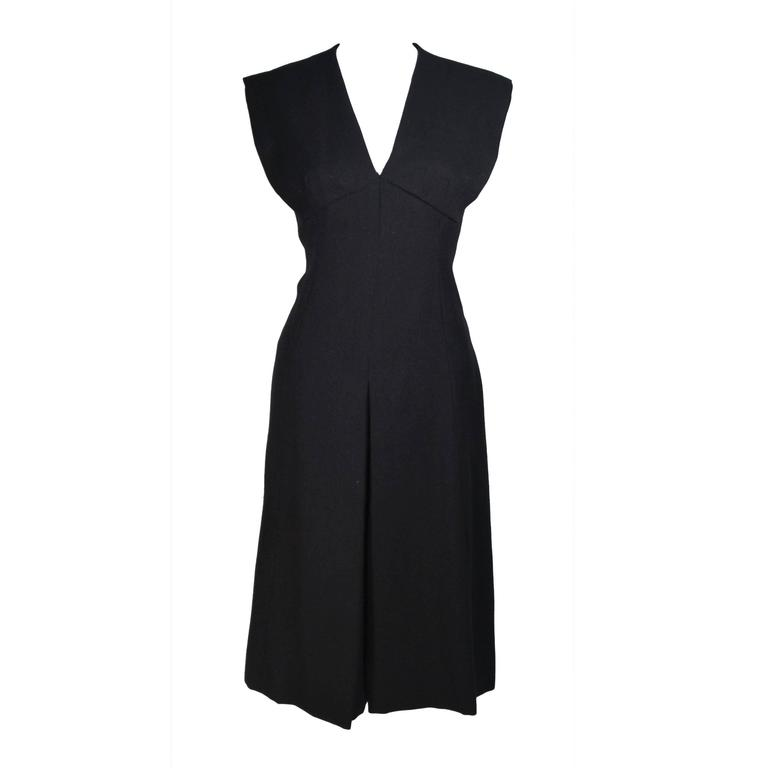 MOLLIE PARNIS 1960's Black Linen A-Line Shift Dress Size 10 For Sale