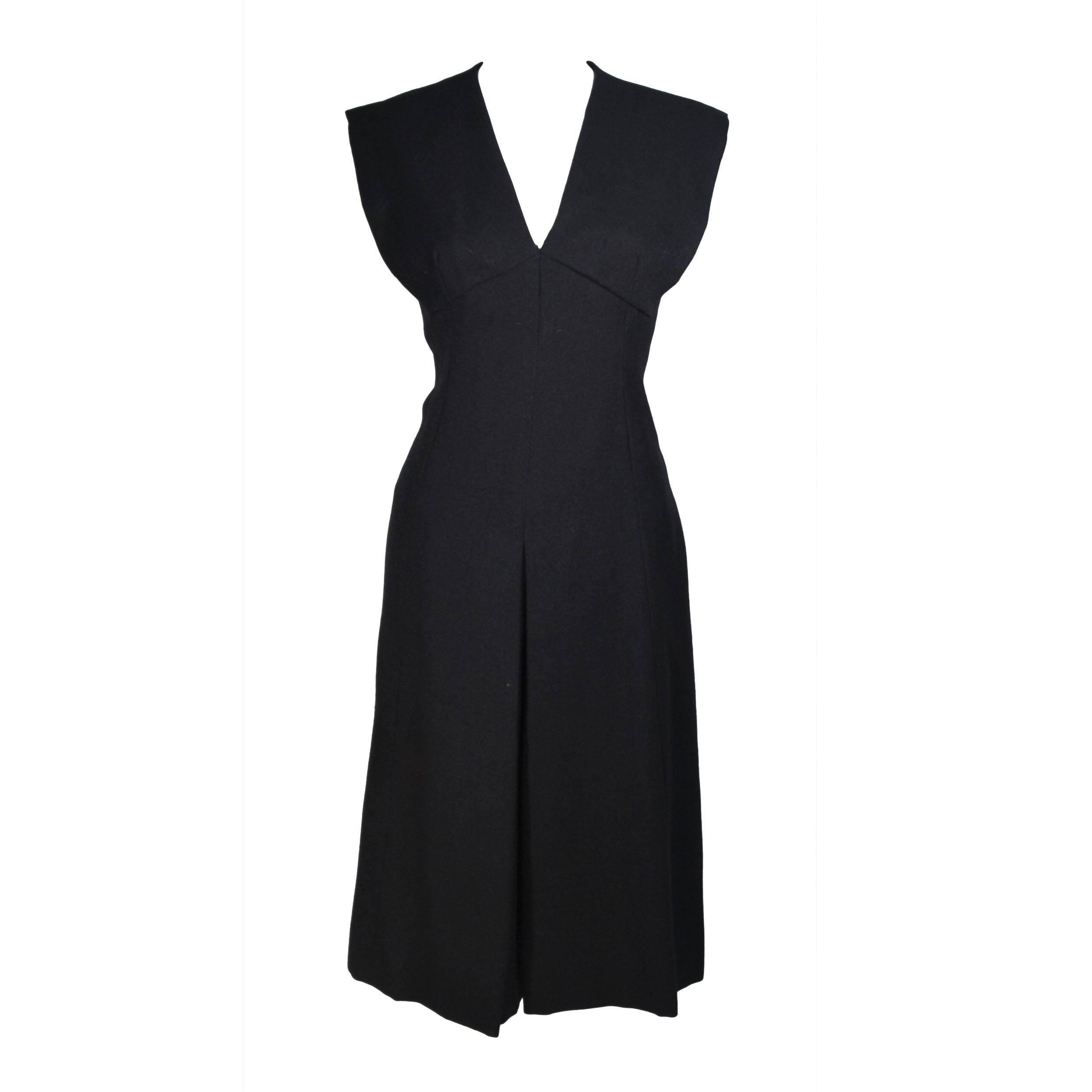 MOLLIE PARNIS 1960's Black Linen A-Line Shift Dress Size 10