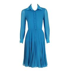 1974 Valentino Couture Turquoise-Blue Silk Chiffon Pleated Swing Shirtdress