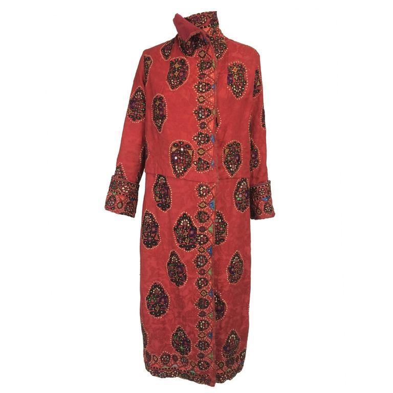 Shisha pomegranate damask embroidered flapper style coat India 1920s For Sale