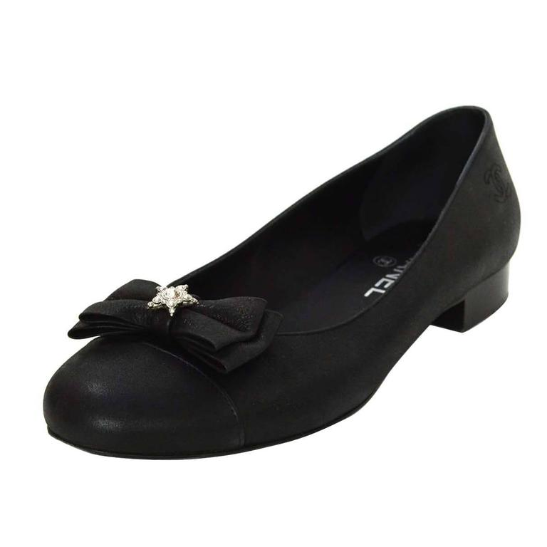 Chanel Black Iridescent Calfskin Flats Sz 38 For Sale At