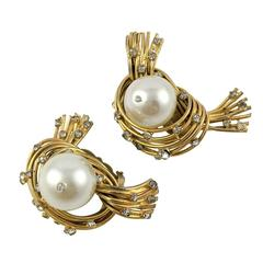 Chanel Glass Pearl Birds Nest Clip-on Earrings, by Robert Goossens - 1950s