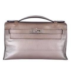 where to buy hermes handbags - Vintage and Designer Clutches - 960 For Sale at 1stdibs - Page 6